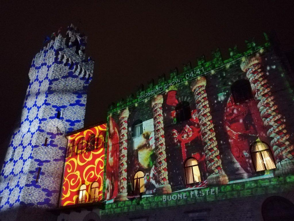 Piazza del comune di Arezzo durante i mercatini di Natale