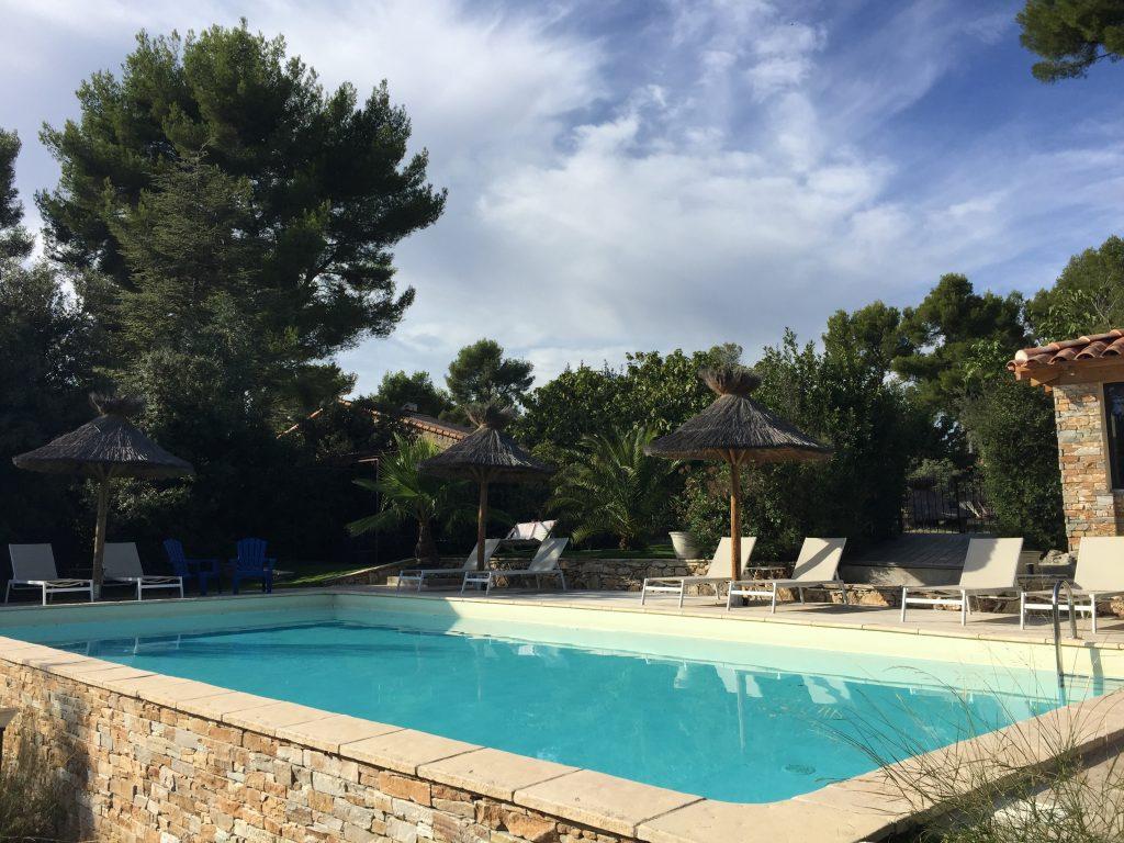 La bellissima piscina di Attrap' Reves